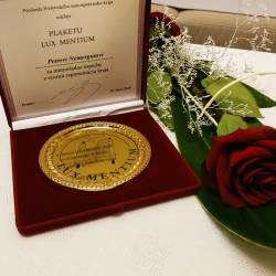 Peter Nemergut a Andrej Tadeáš Bača ocenení plaketou Lux mentium - Svetlo poznania