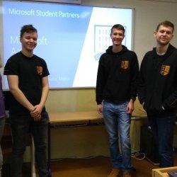 """Ako môže vyzerať """"Vzdelávanie pre prax"""" v Microsoft Student Partners"""