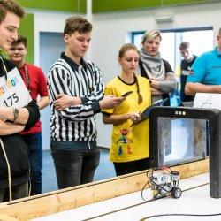 Študenti SPŠE-PO na Robotiáde